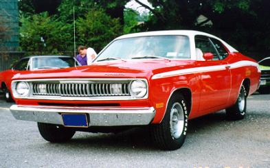 1972_Plymouth_Duster_Rich_FrontLeft.jpg (23274 bytes)